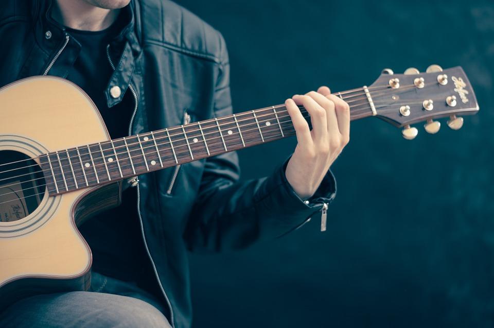 musikinstrumente, gitarre stimmen online